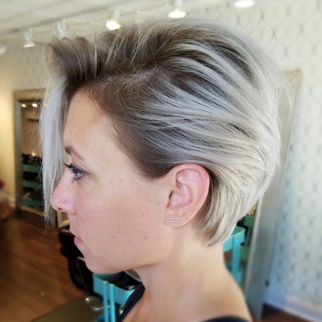 short hairstyles for thick hair 31