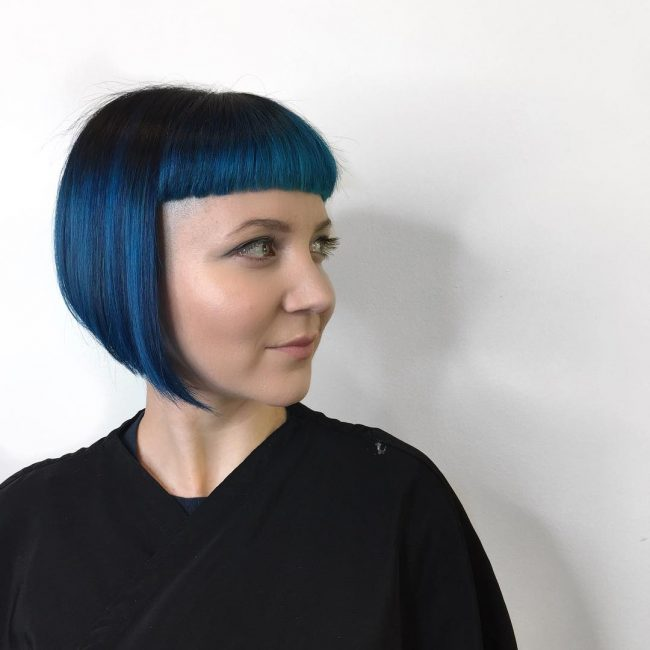 short hairstyles for thick hair 33