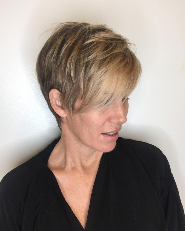 short hairstyles for thick hair 35