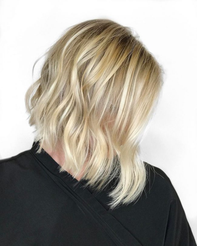 short hairstyles for thick hair 36