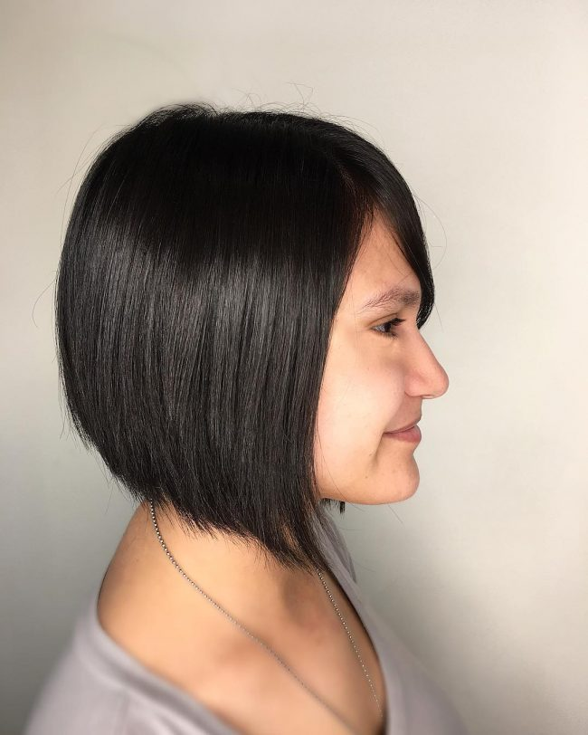 short hairstyles for thick hair 7